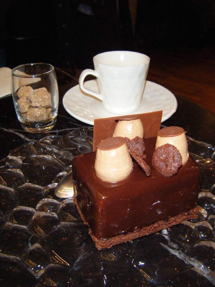 TasseduMarais-Cafe-Ottilie-Paris