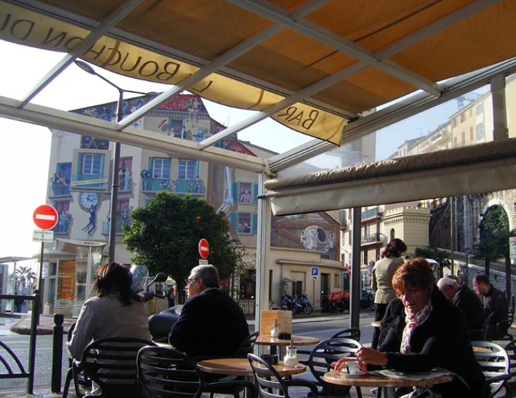 Le-Bouchon-du-port-Cannes