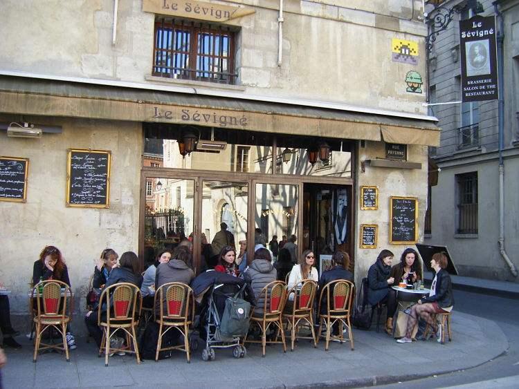 Le-Sevigne-Paris-Marais