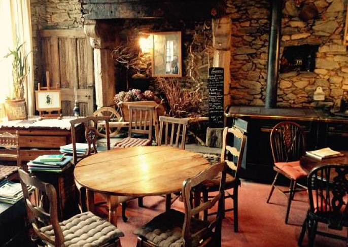 Maison-Jeanne-cafe-ottilie-treguier