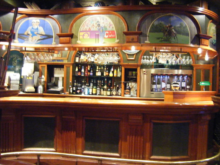 Cambridge-Tavern-Etoile-Paris