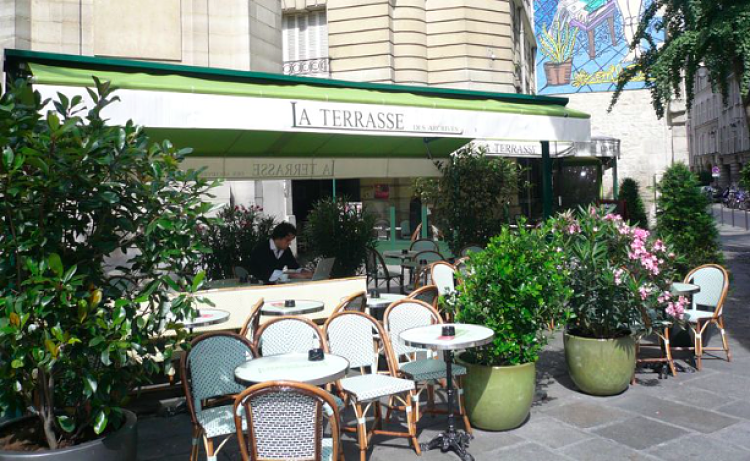 Terrasse-des-archives-paris