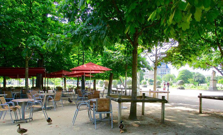 Cafe-Diane-Jardin-des-Tuileries-Louvre