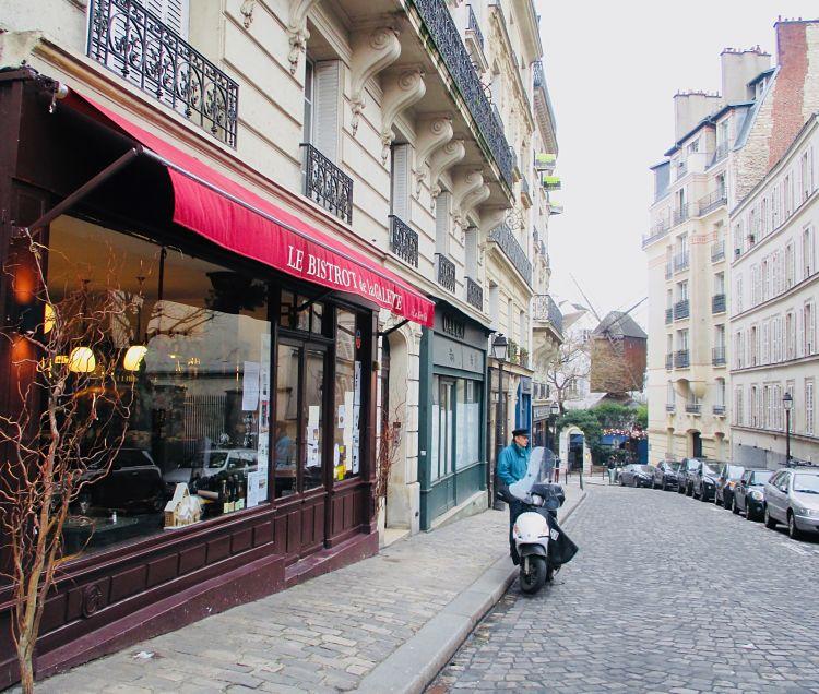 Le-Bistrot-de-la-Galette-Montmartre